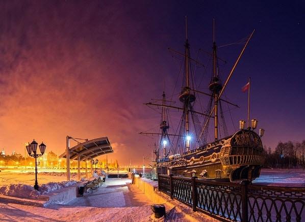 Корабль в Воронеже