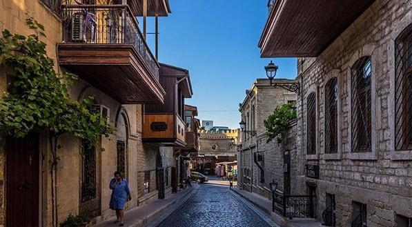 Улочки в старом Баку