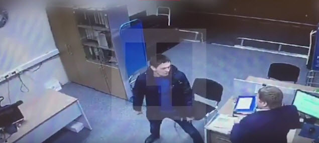 Пассажир избил сотрудника авиакомпании «Победа» (видео)