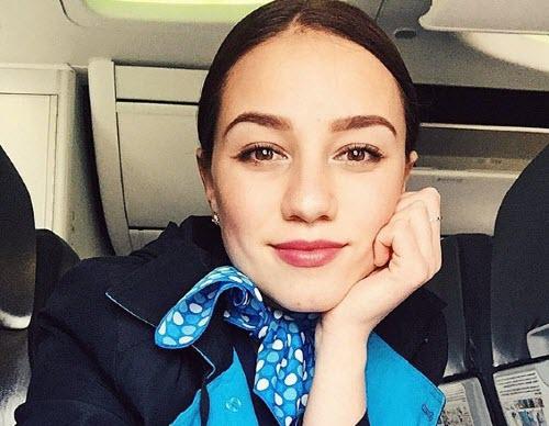 Лицом авиакомпании «Победа» стала стюардесса Анастасия Зиновьева