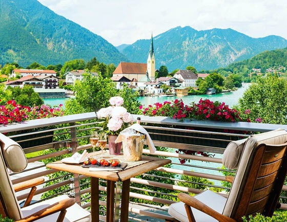 Немецкая гостиница Althoff Seehotel Ueberfahrt (Роттах-Эгерн, Германия)