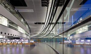 Международный аэропорт Вена Швехат (VIE) в Австрии